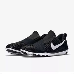 137ae6313dbf Nike Shoes - Women s Nike Free Connect